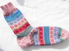 Socken - Bunte Socken lykke Gr. 42/43 - ein Designerstück von Lotta_888 bei DaWanda
