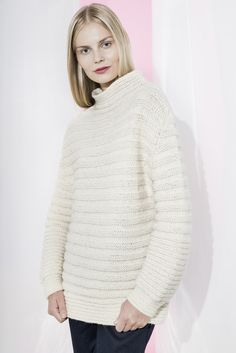 This all-white sweater features a fun stripe pattern, a higher collar and sleeves that narrow inward. It's a pleasure to knit and to wear! Knitted with Novita Natura, Novita's loosely spun single ply yarn, wool Black Sweaters, Sweaters For Women, Free Black, Knit Fashion, Knitting Patterns Free, Free Pattern, High Collar, Knit Crochet, Pullover
