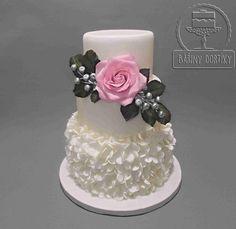 Wedding cake by Bára Cetkovská - Bářiny dortíky - http://cakesdecor.com/cakes/298543-wedding-cake