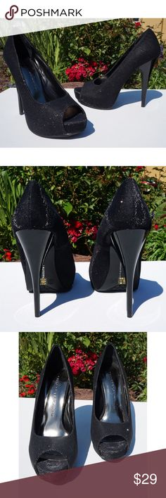 """Chinese Laundry Sparkle Peep Toe Platform Pumps Chinese Laundry Sparkle Peep Toe Platform Pumps Size 5.5M Disco Black Glitter  New in Box!  Time to put on your dancing shoes! These awesome Peep Toe Pumps by Chinese Laundry Sparkle and catch the light with Glittery structured Fabric. The style is called """"Hard to Get"""" and they are perfect for parties, going out, Homecoming, fall formals, sexy Halloween costumes, New Years and more! The Platforms are 0.75"""" and the Heels are 4.75"""". You can see…"""