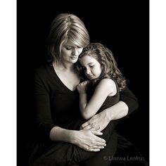 Family Photography & Portraits by world famous Linnea Lenkus. The Best Family Photographer in LA.