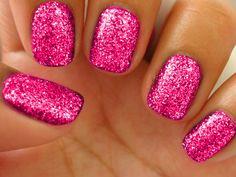 Pink Glitter Nails♥