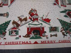 VTG CHRISTMAS COTTON TABLECLOTH SANTA COMING DOWN CHIMNEY & CHILDREN BY TREE 51""