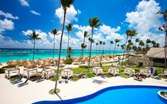 Majestic Elegance Punta Cana is 5 star deluxe hotel located on the paradise of Bavaro Beach in the Dominican Republic. Cheapest All Inclusive Resorts, Cheap All Inclusive, Punta Cana All Inclusive, All Inclusive Honeymoon, Romantic Honeymoon, Honeymoon Ideas, Romantic Getaway, Caribbean Honeymoon, Honeymoon Inspiration
