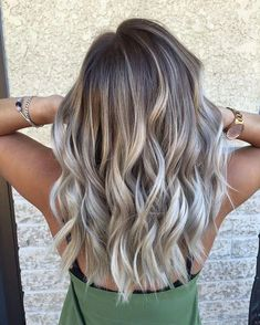 Ashy Gray Balayage on Medium Hair - Ombre vs. Balayage: What& the Under . - Ashy Gray Balayage on Medium Hair – Ombre vs. Balayage: What& the Difference? Are balayage - Ombre Hair Color, Hair Color Balayage, Blonde Color, Hair Colour, Pretty Hair Color, Medium Balayage Hair, Ash Blonde Balayage, Bayalage, Ash Blonde Hair With Highlights