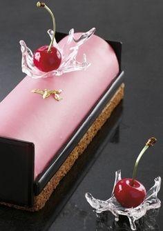 Bûche cœur écarlate - Jean-Christophe Bonello...I especially love the sugar 'water splash' effect - so original