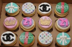 Couture 21st birthday Cupcakes