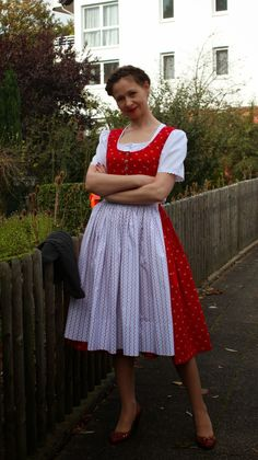 sewing galaxy: Mein Dirndl Clothes, Sewing, Outfits, Clothing, Dressmaking, Couture, Clothing Apparel, Sew, Cloths