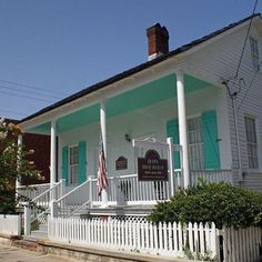 The Pensacola Historic Preservation Society presents its 22nd Antique Appraisal…