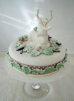 My Winter Woodland Christmas cake by Torie Jayne Woodland Christmas, Christmas Sweets, Noel Christmas, Christmas Baking, Christmas Cakes, White Christmas, Xmas Cakes, Reindeer Christmas, Elegant Christmas