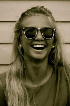want. those. shades. baaaad.