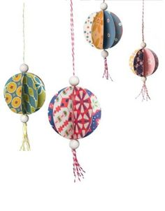 Hanging Paper Balls - no instructions for this pin but I think I could figure it out...