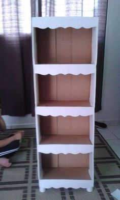 Os pés podem ser feitos com o próprio papelão Diy Cardboard Furniture, Cardboard Storage, Diy Storage Boxes, Cardboard Box Crafts, Diy Furniture, Diy Para A Casa, Diy Casa, Diy Box, Diy Home Crafts