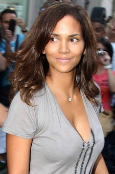 Halle Berry Very Short Haircuts Halle Berry Haircuts Short & Long Hair Pixie & Curly Of 98 Best Halle Berry Very Short Haircuts Halle Berry Pixie, Halle Berry Haircut, Halle Berry Hairstyles, Halle Berry Style, Halle Berry Hot, Curly Hairstyles, Hair Styles 2016, Long Hair Styles, Halley Berry