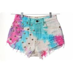 A fashion look from December 2012 featuring white crop tops, leather sneakers and tie dyed shorts. Browse and shop related looks. Studded Shorts, Ripped Shorts, Cute Shorts, Denim Shorts, Edgy Outfits, Short Outfits, Outfits For Teens, Cool Outfits, Shorts Bonitos