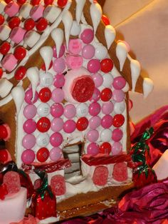 Valentine's Gingerbread House - Giggles Galore
