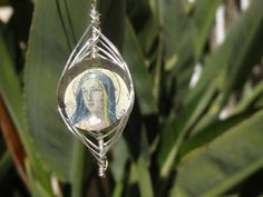 Hey, I found this really awesome Etsy listing at https://www.etsy.com/listing/211885176/vintage-holy-card-virgin-mary-necklace