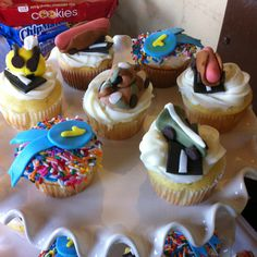 Pinewood Derby cupcakes!