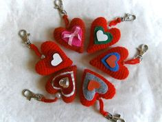 Walentynkowa+zawieszka+do+kluczy+w+pikotka+na+DaWanda.com