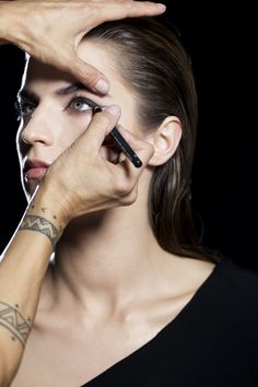 Step 1: Create a base on the lid using an Eyeliner Pencil in a dark shade starting on the upper lash line and working towards the outer corner