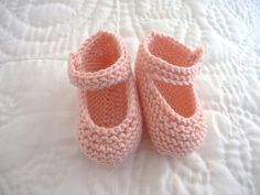 Mary Jane Baby Booties Knitting Pattern