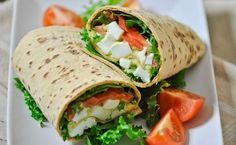 Avocado Egg Salad Wraps - easy, delicious and nutritious lunch for 435 calories a wrap. Healthy Wraps, Veggie Wraps, Healthy Meals For Two, Healthy Snacks, Healthy Eating, Healthy Recipes, Healthy Fit, Avocado Recipes, Simple Recipes