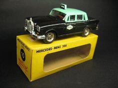 miniaturas - Táxi: Modelo - Mercedes-Benz 200 Táxi - Miniatura automó...