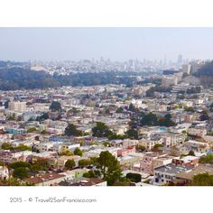 There are several spots in #SanFrancisco to view the city from the top. See this view from the park situated on hilltop of Inner Sunset neighborhood, Grand View Park located at 14th Avenue in San Francisco. _________________________________________ Visit our site & blog for itinerary and inspiration at www.Travel2SanFrancisco.com