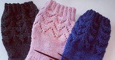 Helppo pitsisukka vol II Crochet Socks, Knitted Hats, Knit Crochet, One Color, Colour, Fun Projects, Winter Hats, Slippers, Diy Crafts