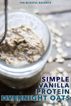 Simple Vanilla Protein Overnight Oats This breakfast recipe is quick to make and full of protein Whip up overnight oats the night before so they are ready to go on a busy morning Pin this clean eating breakfast recipe to try later Protein Snacks, Protein Muffins, Protein Dinner, Healthy Snacks, High Protein, Protein Cake, Protein Power, Protein Cookies, Eating Healthy