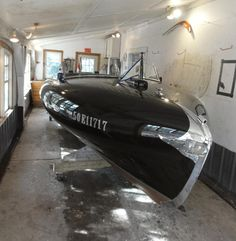 52--Stan-Hunter-1952-Grevette-Streamliner-Restain-and-refinish