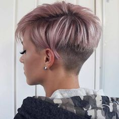 Olivia Short Hairstyles - 5 - New Site Olivia - Hair Beauty - bobcik Short Hair Back, How To Curl Short Hair, Short Grey Hair, Short Hair Cuts For Women, Short Hairstyles For Women, Hairstyles Men, School Hairstyles, Long Hair, Funky Short Hair