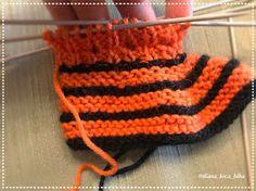 BiBa - Käsityöohjeet: neuletossut, villatossut, virkatut tiikeri-tossut - ohjeet Knitting Needles, Wool Yarn, Slippers, Beanie, Crochet, Hats, Color, Hat, Colour