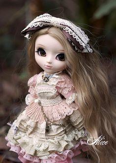 Romantic Alice | Flickr - Photo Sharing!