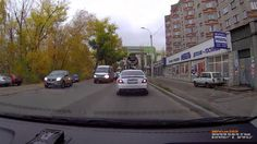 Meanwhile in #Russia: Keep Your Eyes On The #Truck! #accident