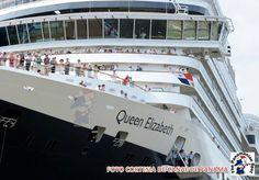 Queen Elizabeth  go thru the Panamá Canal