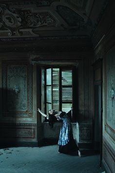 """A True Dance"" — Photographer: Michele Maglio – Mic Photo Model: Numa Palindromia Assistant: Charlotte Evergreen Setadijuta"