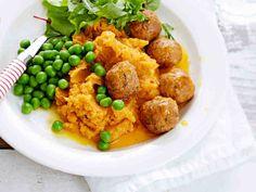 Porkkana tuo makua ja mehevyyttä lihapulliin! Lihapullat ovat helppoa ja nopeaa tarjottavaa: paistoaika on vain noin 12 minuuttia.