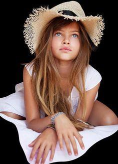 Thylane Blondeau : الطفلة الأكثر جمالا في العالم اصبحت عارضة وممثلة مشهوره !