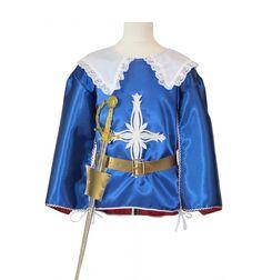 Déguisement MOUSQUETAIRE  déguisement mousquetaire comprenant une chasuble doublé bleu et rouge bordée de passementerie argent, ceinture, épée.  #lepanacheblanc