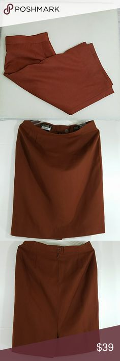 🎉😍Pure new wool🔥skirt by ESCADA 30- 34 waist 24 length  40 hip Rust color *BUNDLE & save with our DISCOUNT* Escada Skirts Midi