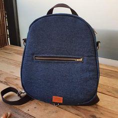 Mathilde 🌸 sur Instagram: 𝙲𝙾𝚄𝚃𝚄𝚁𝙴 🧵  Merci à mon cher et tendre mari de m'avoir cousu ce superbe sac !   Je suis prête pour de nouvelles aventures 👫🏼❤️…