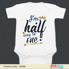 Halfway to One Outfit - Half Birthday Bodysuit For Baby - Personalized HALF Birthday Onesie - Customised Baby Birthday Romper - Half Birthday Newborn Bodysuit - 6 Month Boy, Girl Outfit Half Birthday Baby, Half Birthday Cakes, 2nd Birthday Shirt, Birthday Ideas, Baby Christmas Photos, Baby Milestone Blanket, 6 Month Old Baby, Boy Onesie, Cool Baby Stuff