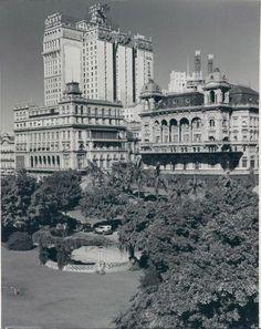 Os Prédios Gêmeos de São Paulo (SP), Brasil – Rua Libero Badaró, obra do Conde Pratesem, 1930