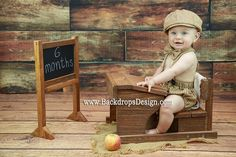 School Desk and Chalkboard 1-2 years baby by BackdropsDesign