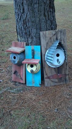 Hang these in the shade! They might get hot in summer and you don't want fried eggs or little birds in your birdhouse. Girls Gone Junkin repurposed birdhouses Garden Crafts, Garden Projects, Bird House Feeder, Bird Feeder, Bird House Kits, Bird Houses Diy, Bird Aviary, Bird Boxes, Kit Homes