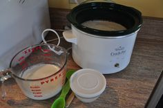 Did you know you can make your own yogurt in a slow cooker? Making your own yogurt not only saves you money, but it also lets you control the ingredients!