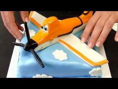 ▶ Disney Planes Cake - How To Tutorial (Dort Letadla) - YouTube