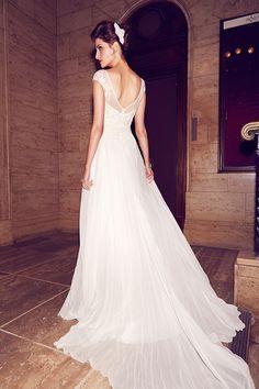 Karen Willis Holmes - Wedding Dresses 2013/2014 Collection - Karen Willis Holmes Collections - StyleMePretty LookBook
