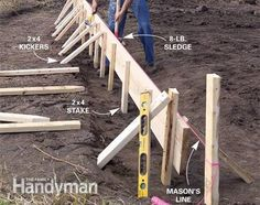 A pro shows you how to build strong forms place a solid slab and trowel a smooth finish Concrete Footings, Concrete Pad, Concrete Forms, Poured Concrete, Concrete Projects, Concrete Curbing, Concrete Formwork, Concrete Paving, Stamped Concrete
